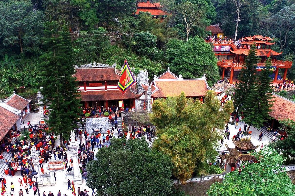 Đôi nét về tục thờ Quốc Mẫu Tây Thiên của người Việt