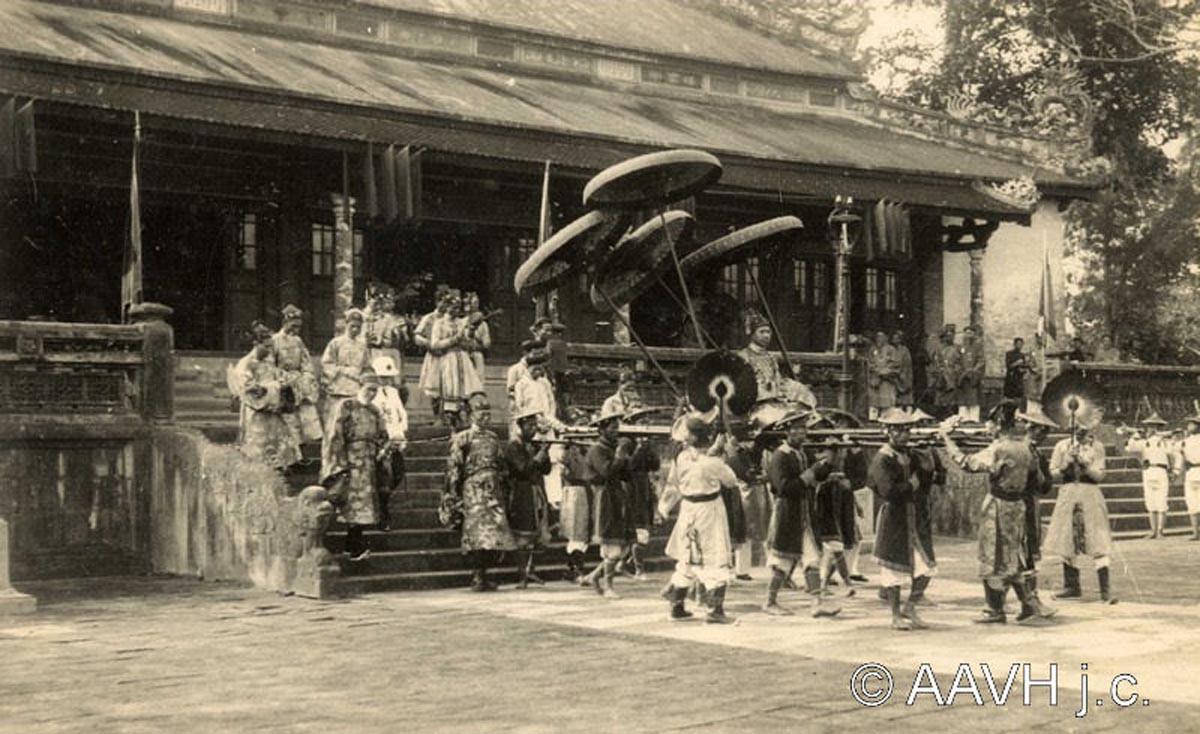 Đám cưới của hoàng tử, công chúa nhà Nguyễn diễn ra như thế nào?
