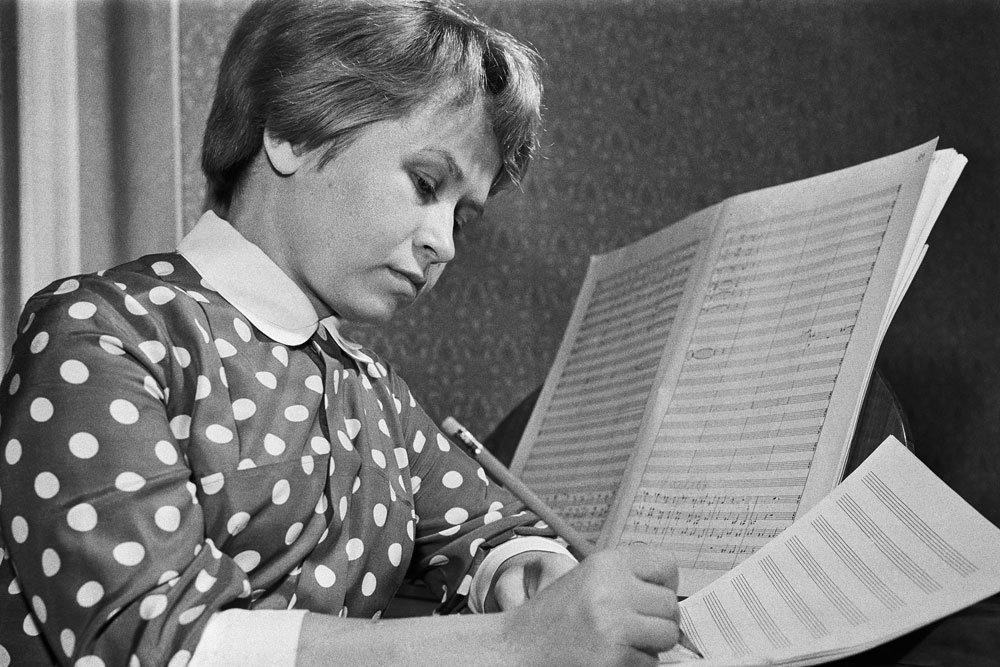 Aleksandra Pakhmutova – người phụ nữ vĩ đại nền âm nhạc Nga