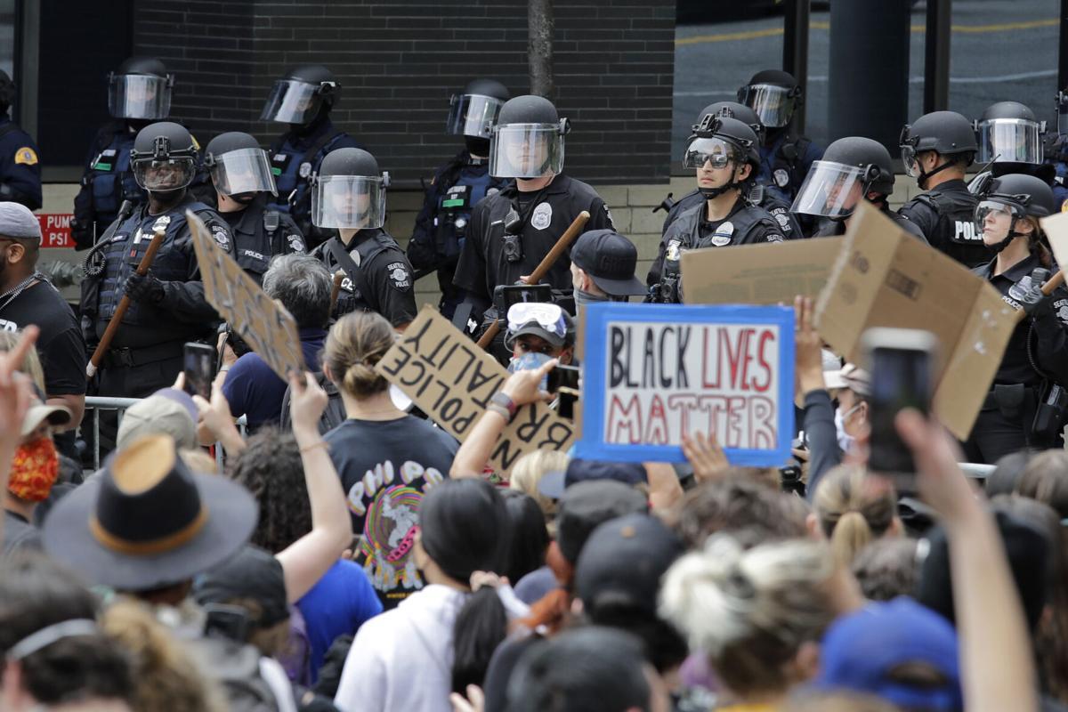 Bạo động ở Mỹ và bài học cho Đông Nam Á: Sự kỳ thị có ở mọi nơi