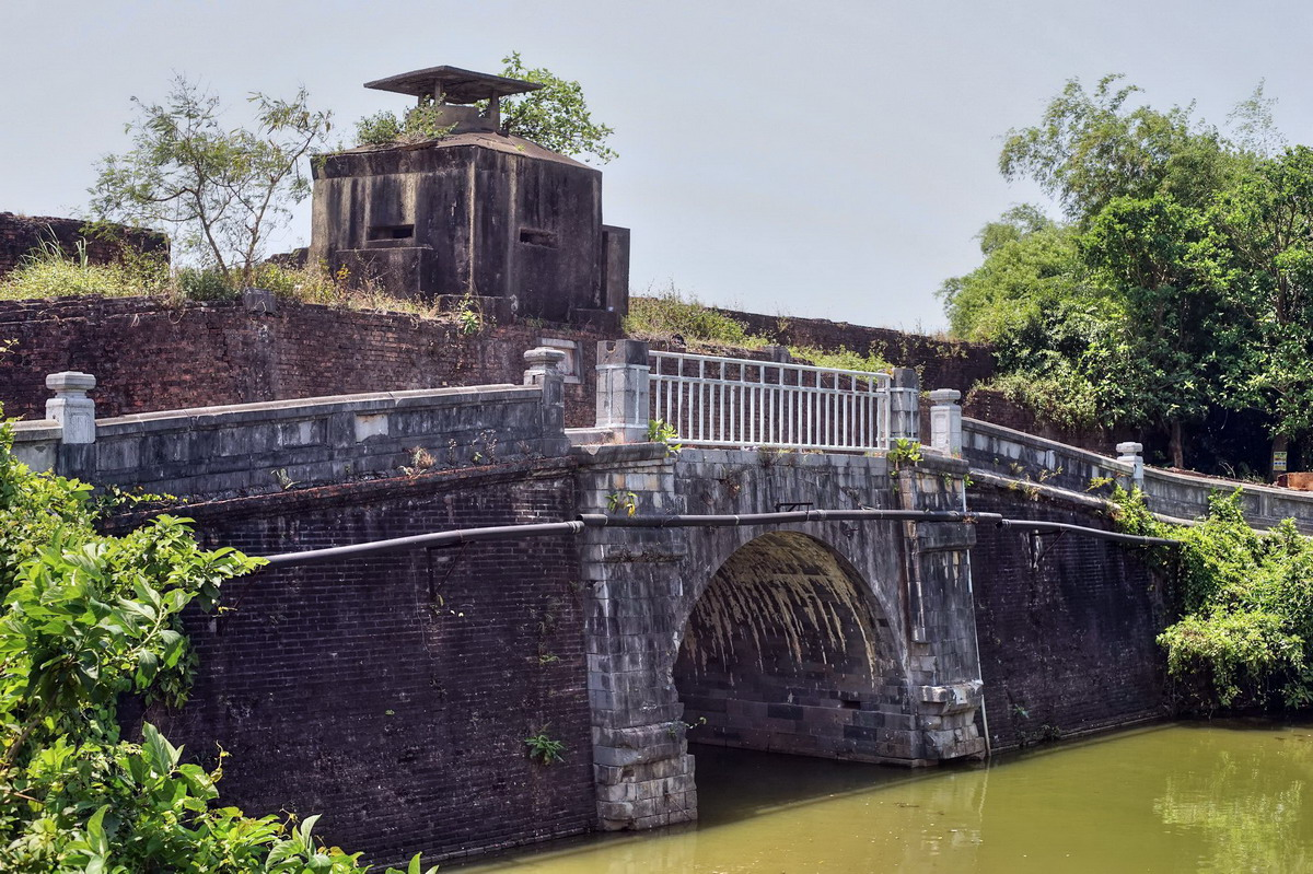 Chủm ảnh: Những cây cầu cổ giữa lòng Kinh thành Huế