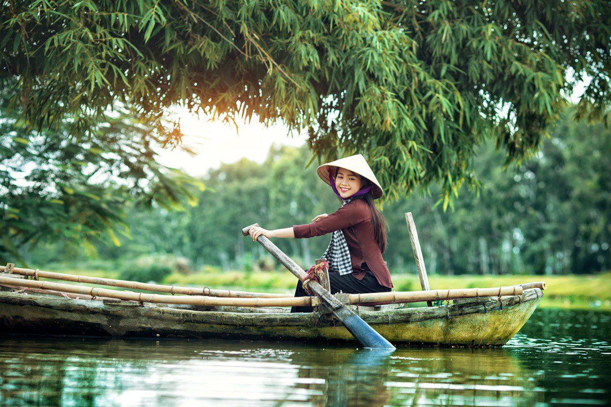 Vẻ đẹp kỳ thú của thiên nhiên và con người trong ca dao Nam Bộ