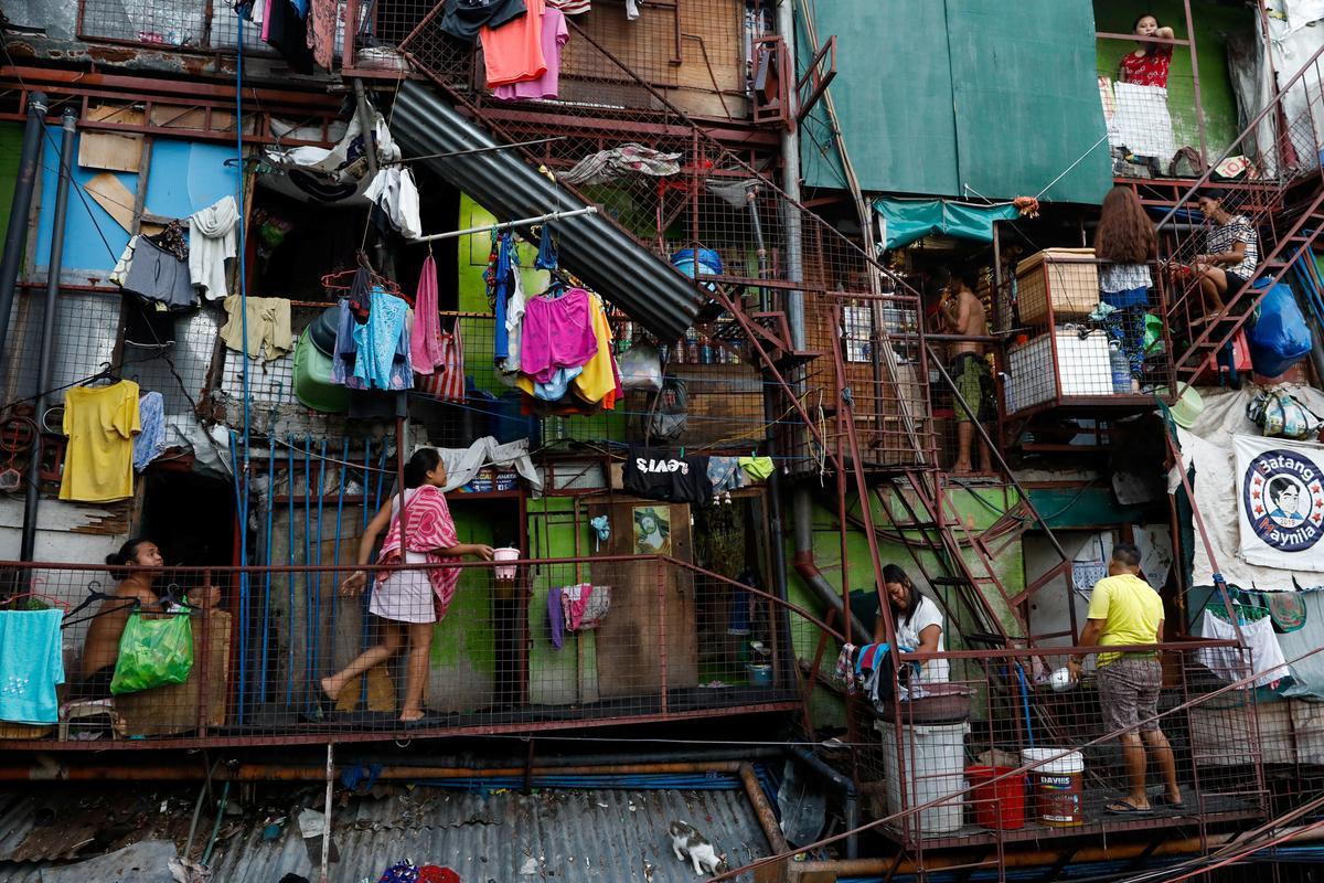 Cùng 'chơi' với Mỹ, vì sao Hàn Quốc cường thịnh, còn Philippines thảm hại?