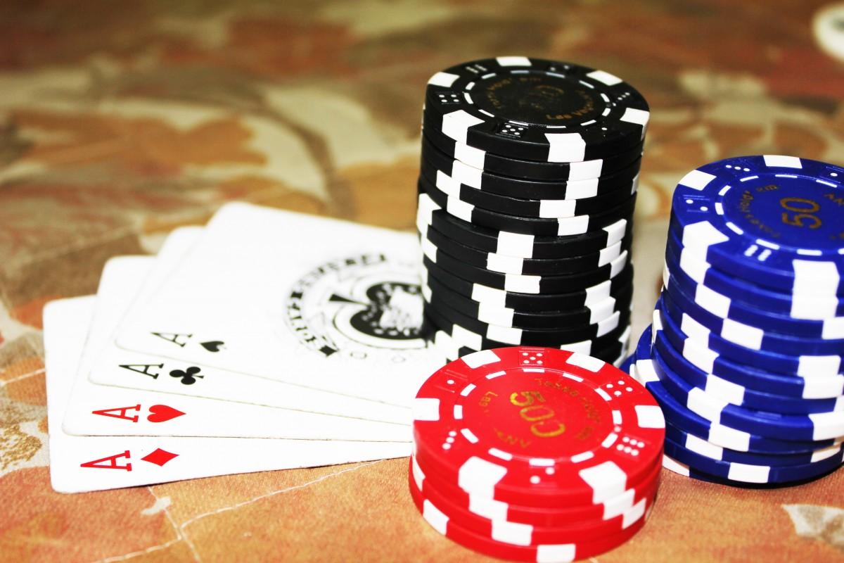 Kết cấu gia đình Á Đông – nguồn nuôi dưỡng cho nạn cờ bạc không có điểm dừng