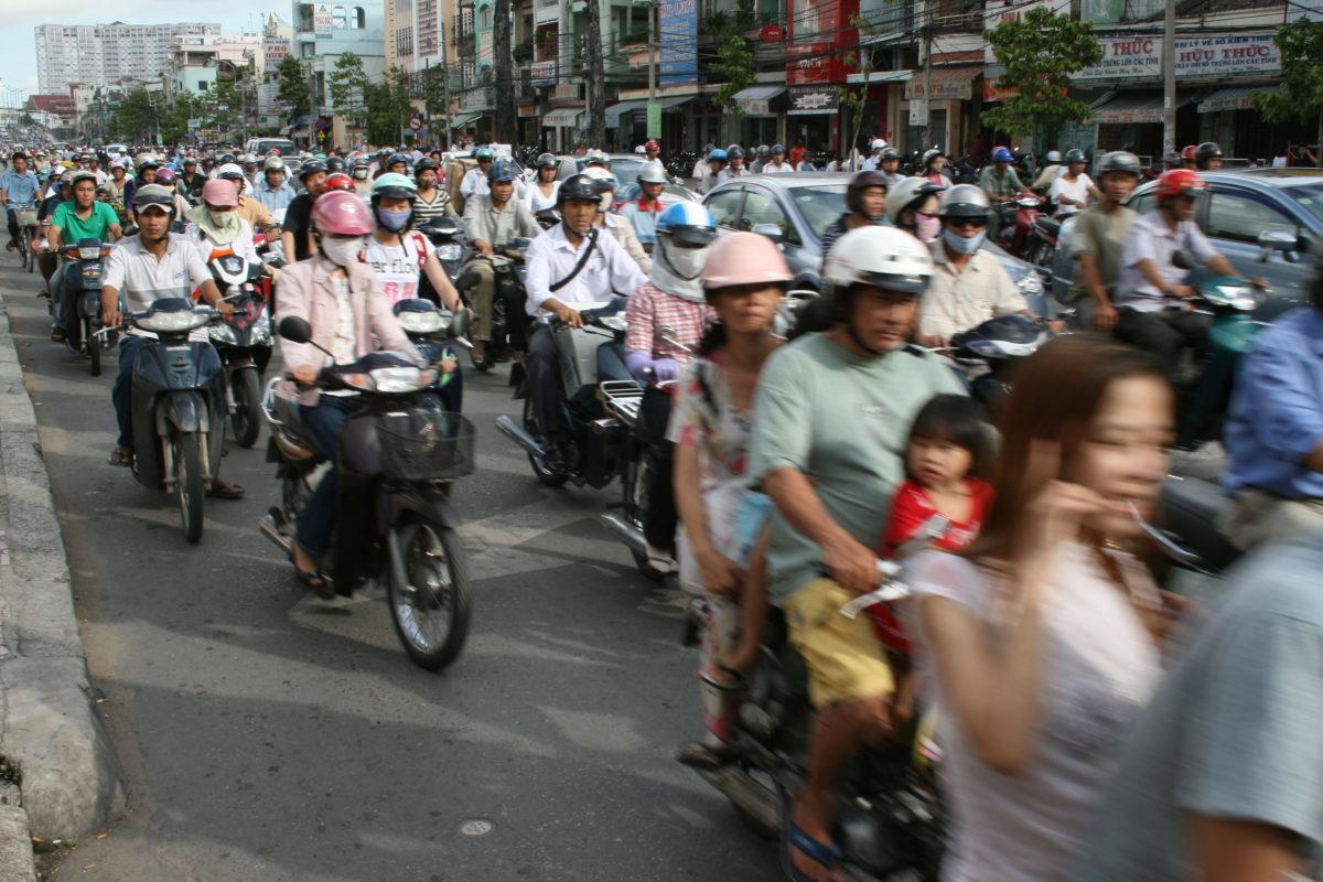 Xu thế nguy hiểm ở các gia đình thành thị Việt Nam