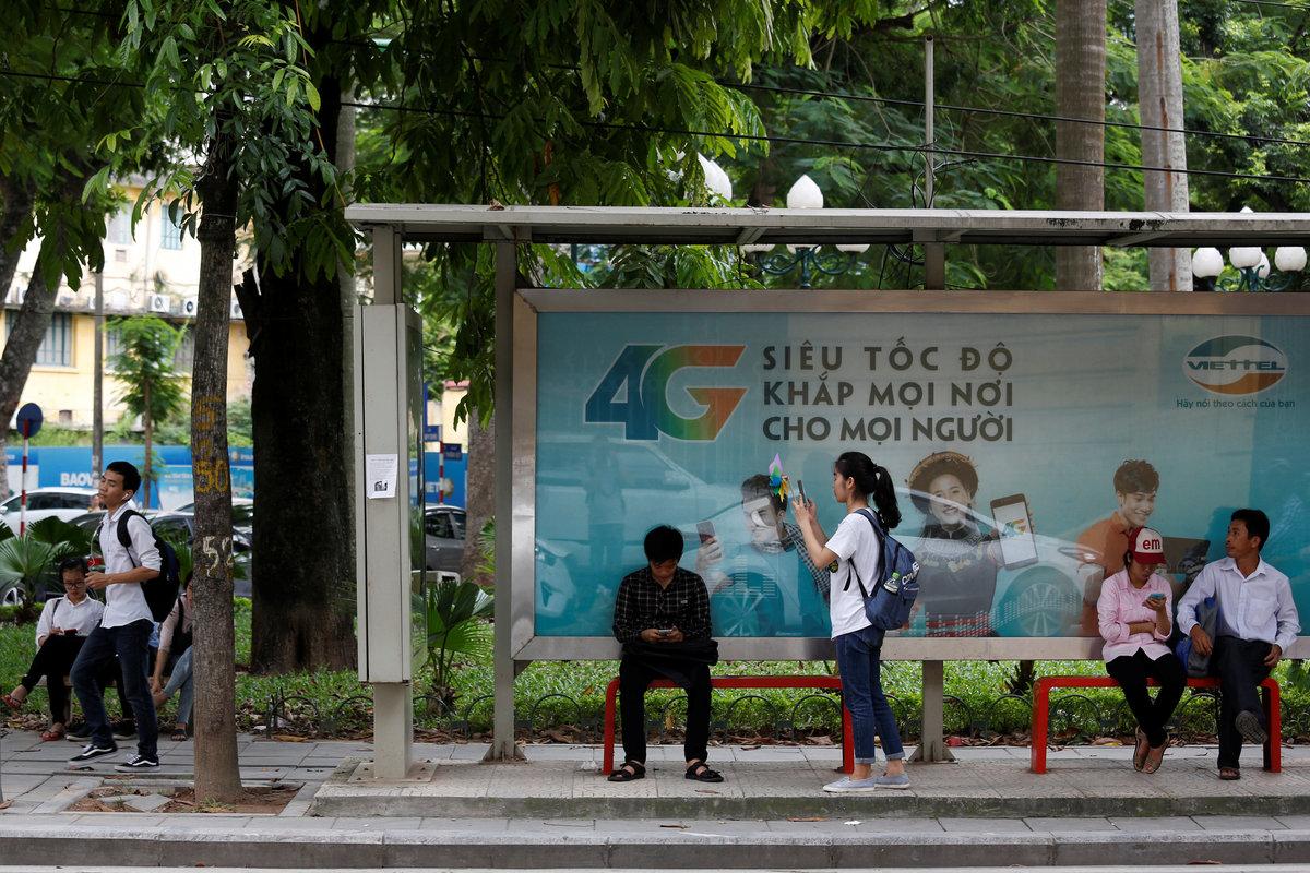'Áo giáp và thanh gươm' nào cho Internet ở Việt Nam?
