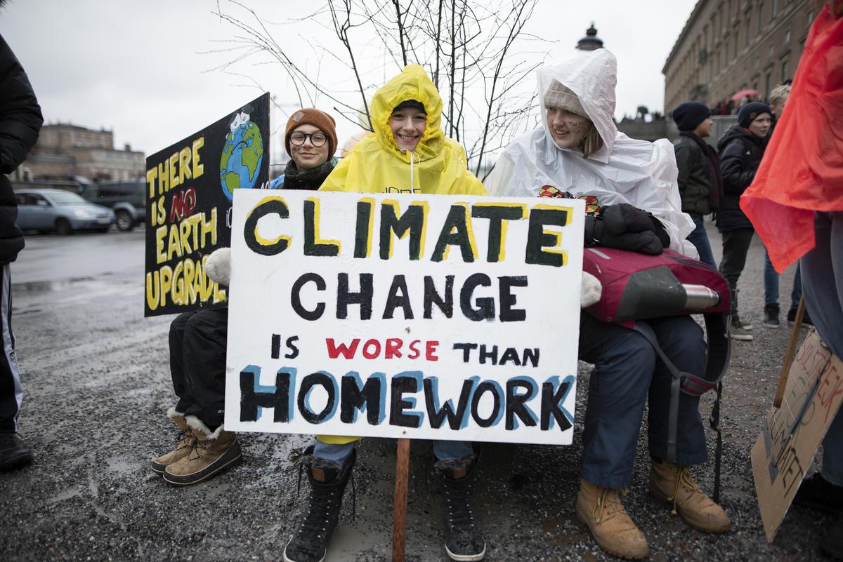 Biến đổi khí hậu: Cần giáo dục học sinh chống khủng hoảng
