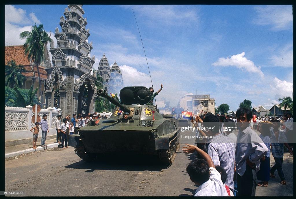 Người Trung Quốc viết về sự kiện Việt Nam đưa quân vào Campuchia