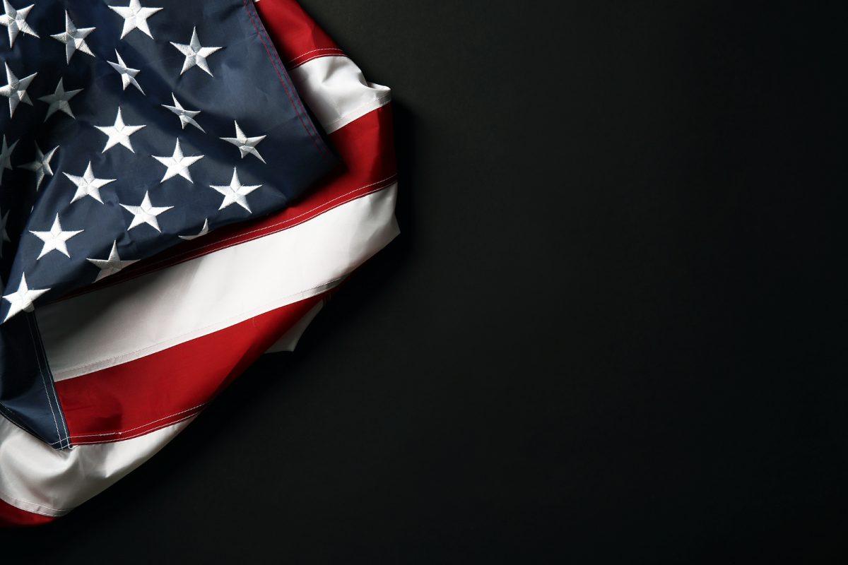 Về hành động tự sát và cái chết của bá quyền Mỹ