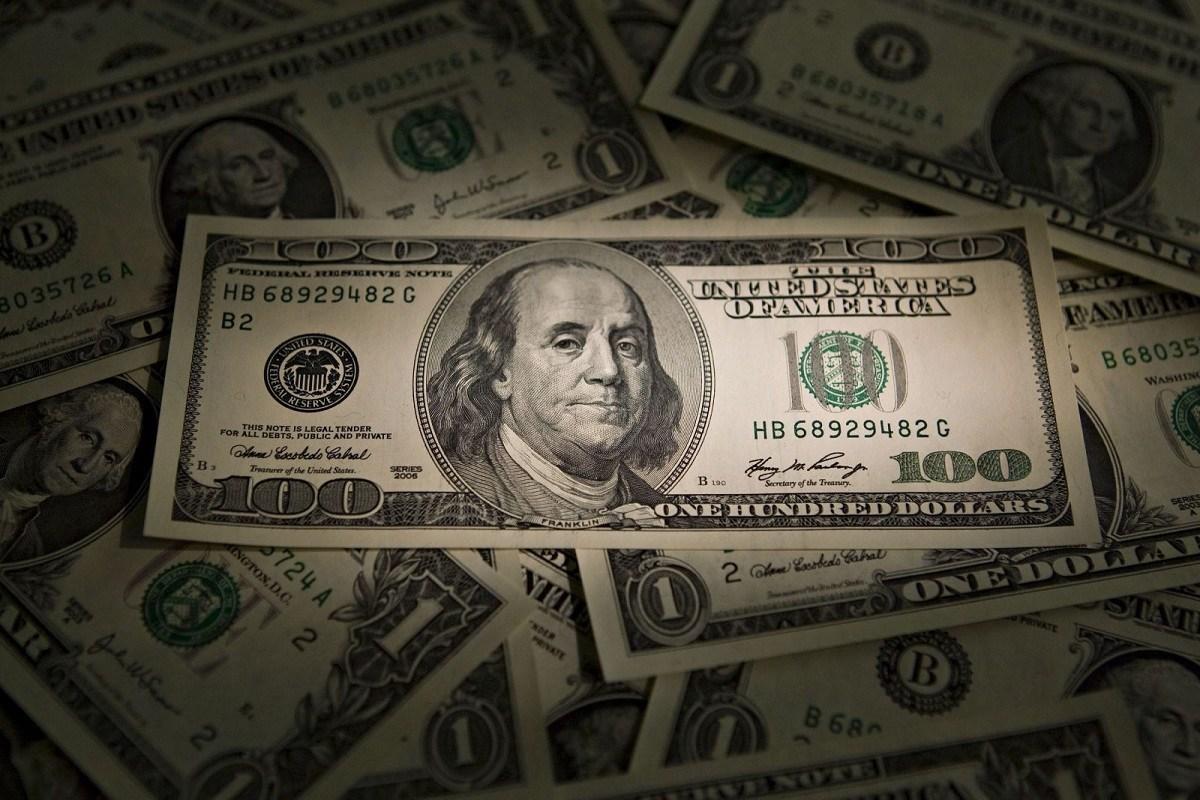 Địa vị thống trị của đồng USD liệu có sụp đổ?
