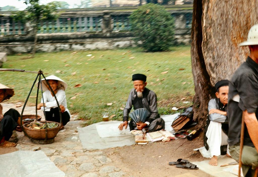 Chuyện về nghề thầy bói ở Sài Gòn năm 1975