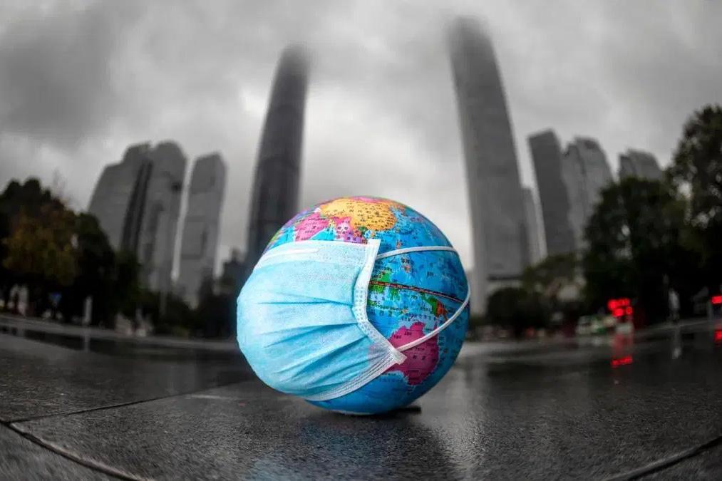 COVID-19: Thuốc chữa lành bệnh tật 'virus' nhân loại gây ra cho Trái đất