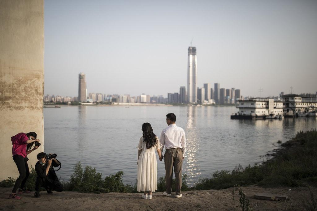 Bi kịch gia đình của phụ nữ Trung Quốc đương đại