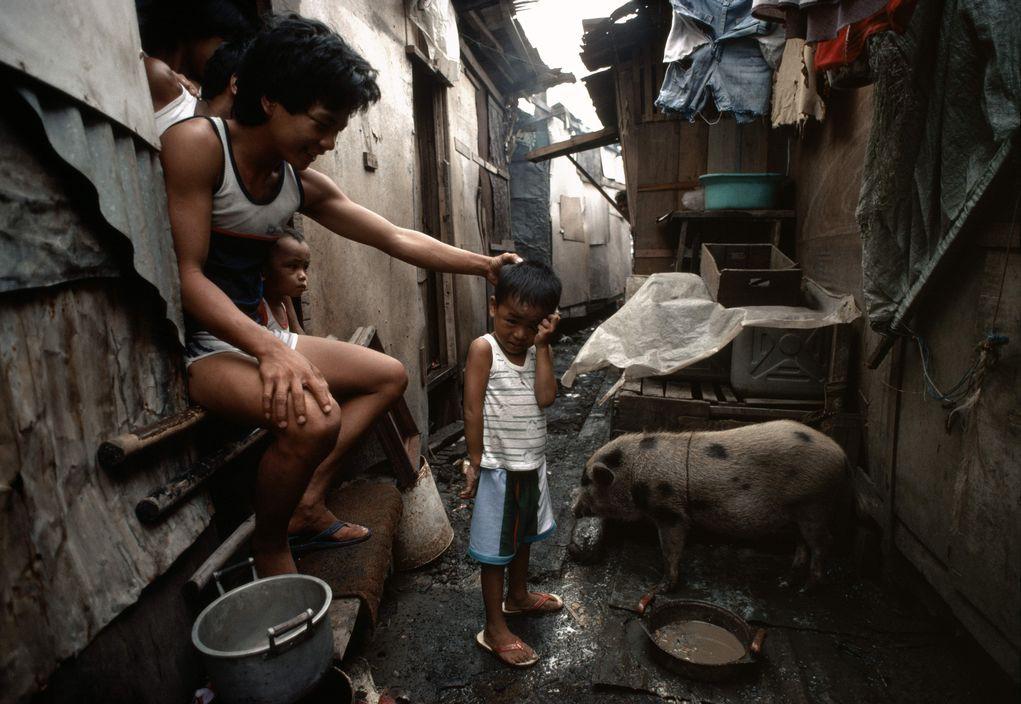 Chùm ảnh: Cuộc sống bên trong khu ổ chuột Manila năm 1983