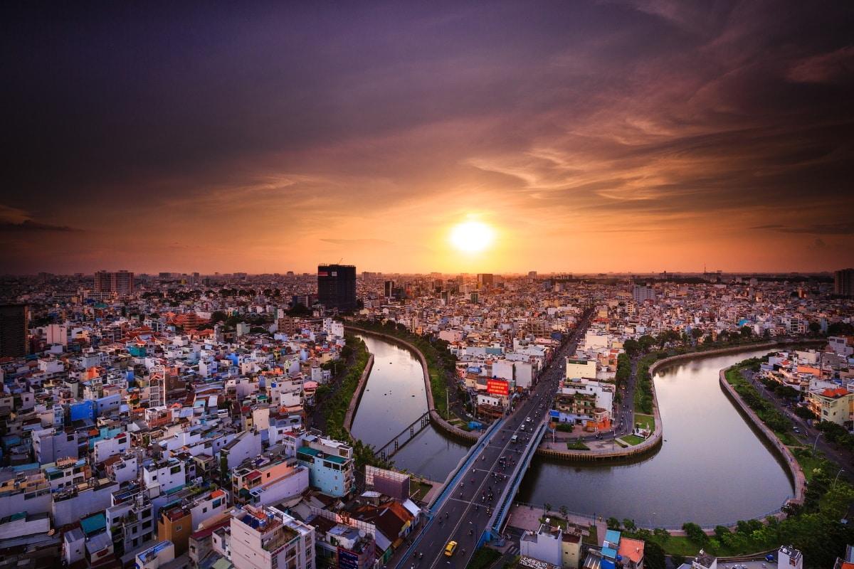 Giảm thiểu rủi ro do biến đổi khí hậu: Các đô thị cần làm gì?