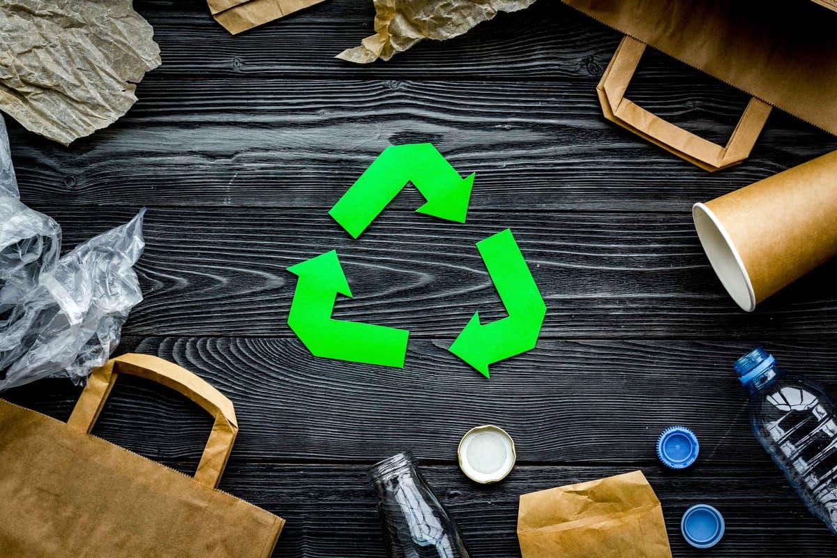 Marketing xanh và sự thúc đẩy tiêu dùng xanh trong cộng đồng