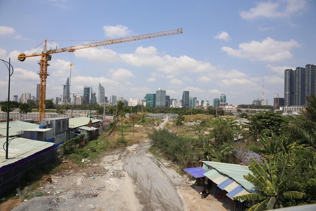 Lỗ hổng nguy hiểm trong cơ chế quản lý đất đai ở Việt Nam