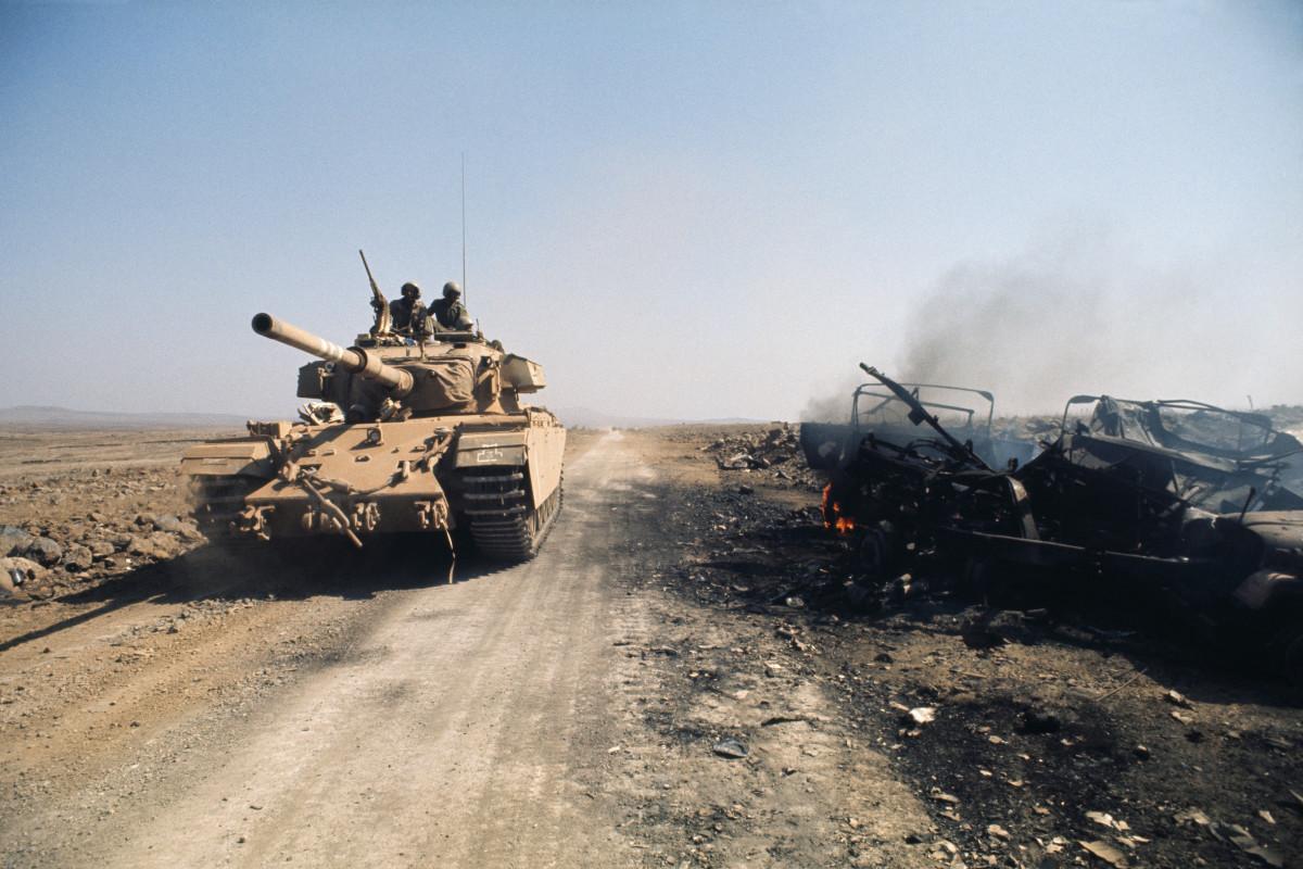 Toàn cảnh trận đấu xe tăng lớn nhất sau Thế chiến II