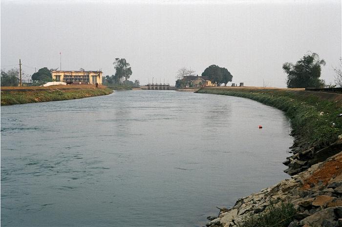 Chuyện về nhà máy thủy điện đầu tiên Liên Xô xây dựng giúp Việt Nam