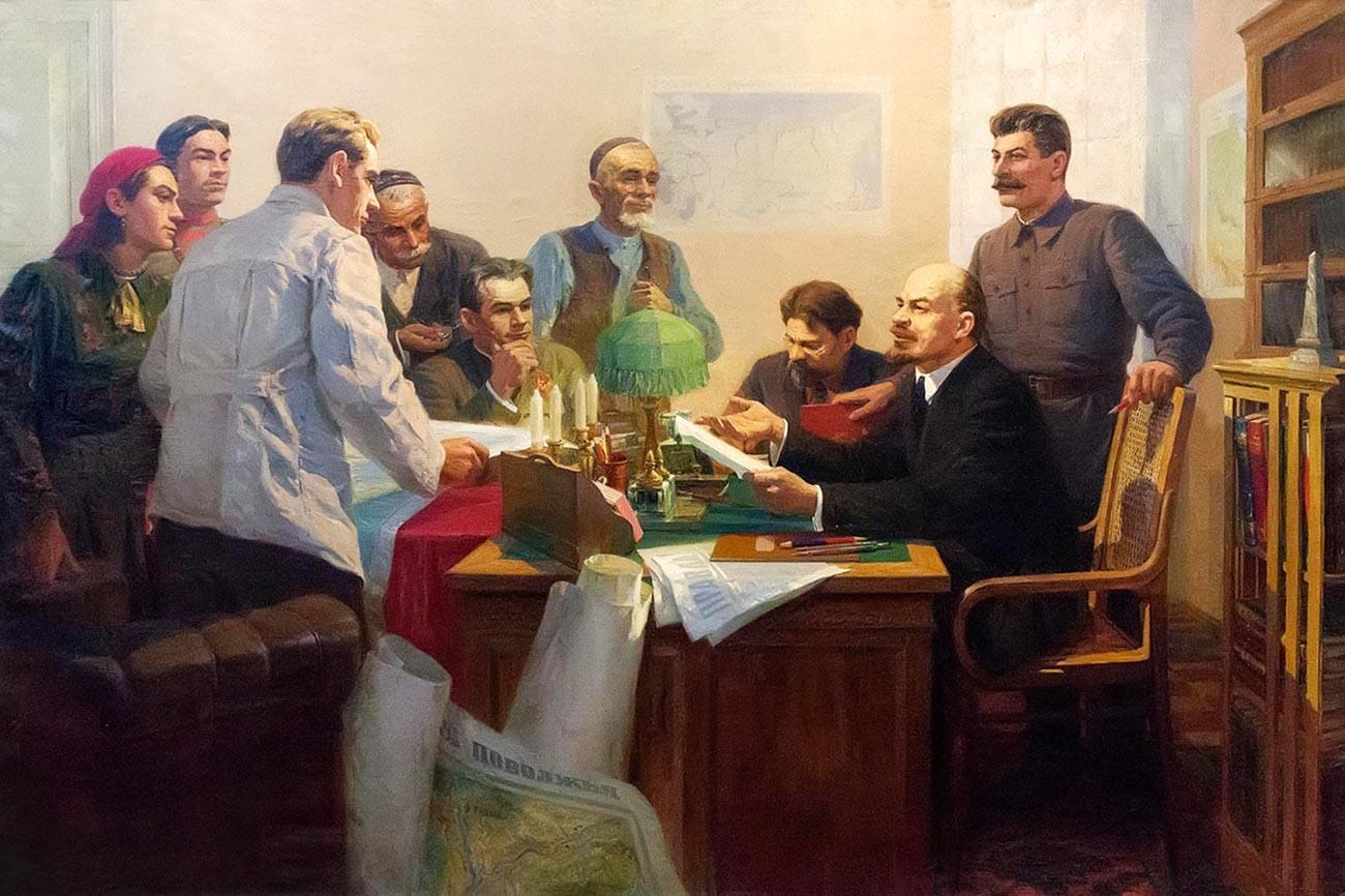 Phương án thành lập Liên Xô của Lenin và Stalin khác nhau thế nào?