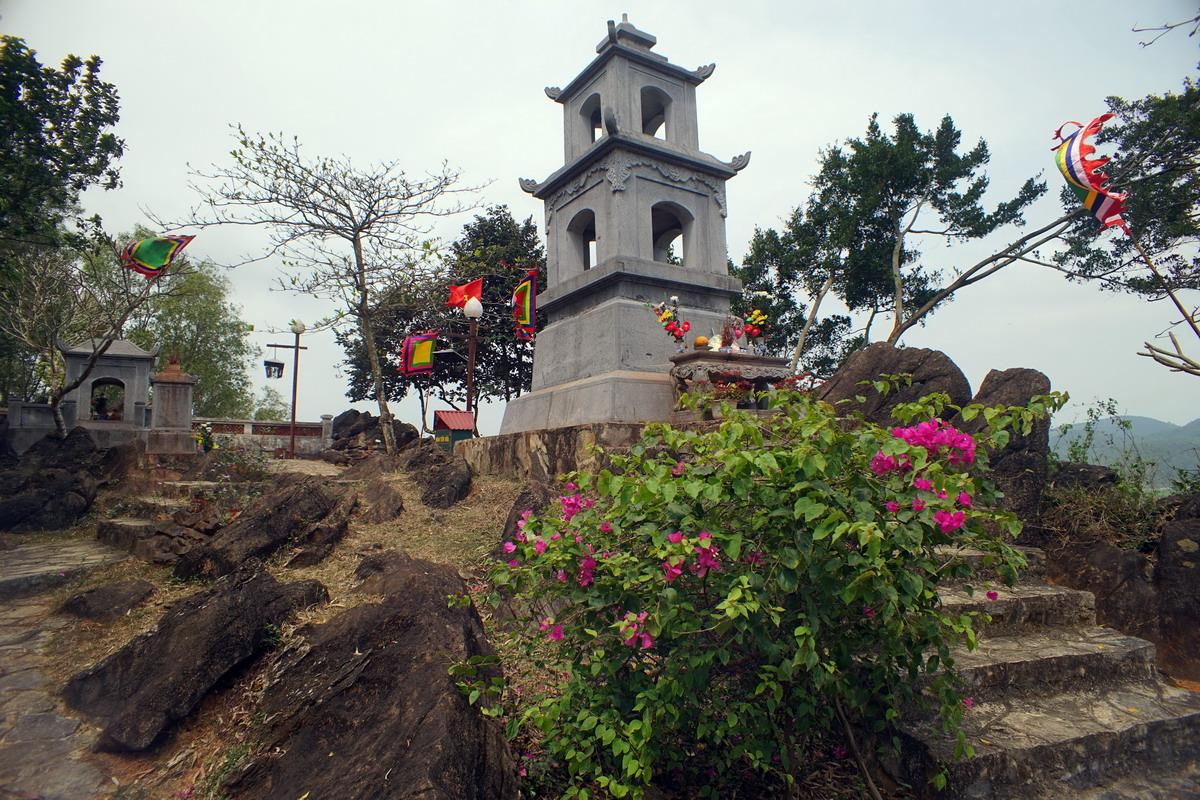 Chùm ảnh: Thăm nơi an nghỉ của Bà Triệu ở xứ Thanh