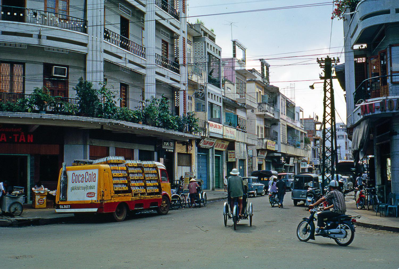 Chùm ảnh: Sài Gòn năm 1968-1969 qua ống kính William Ruzin