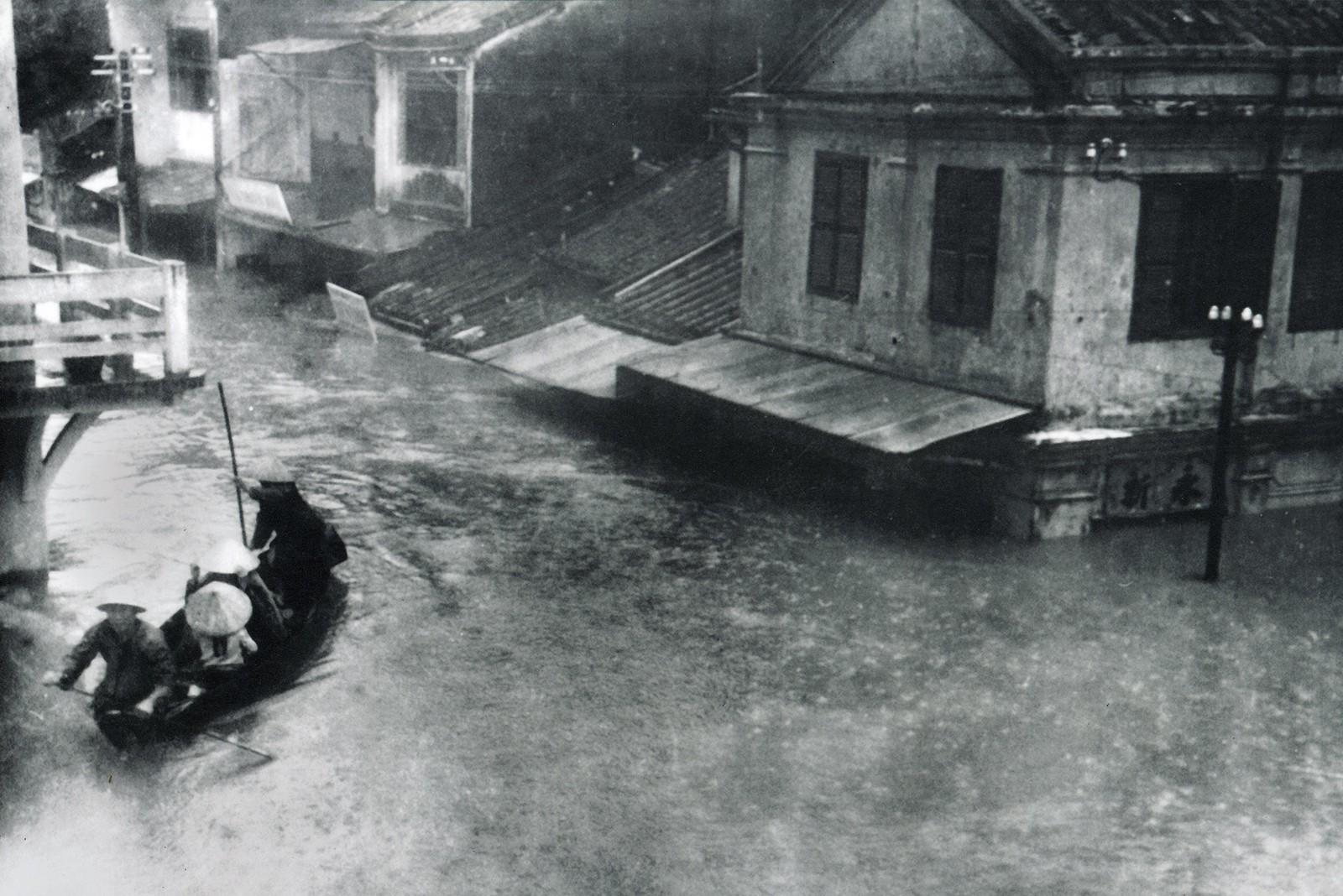 Nhìn lại trận lụt 'Đại họa năm Thìn' ở miền trung năm 1964