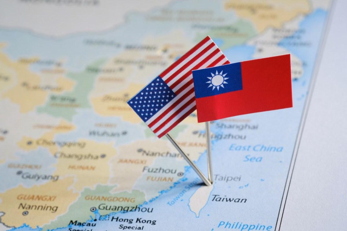 Nhìn lại ba cuộc khủng hoảng trên eo biển Đài Loan