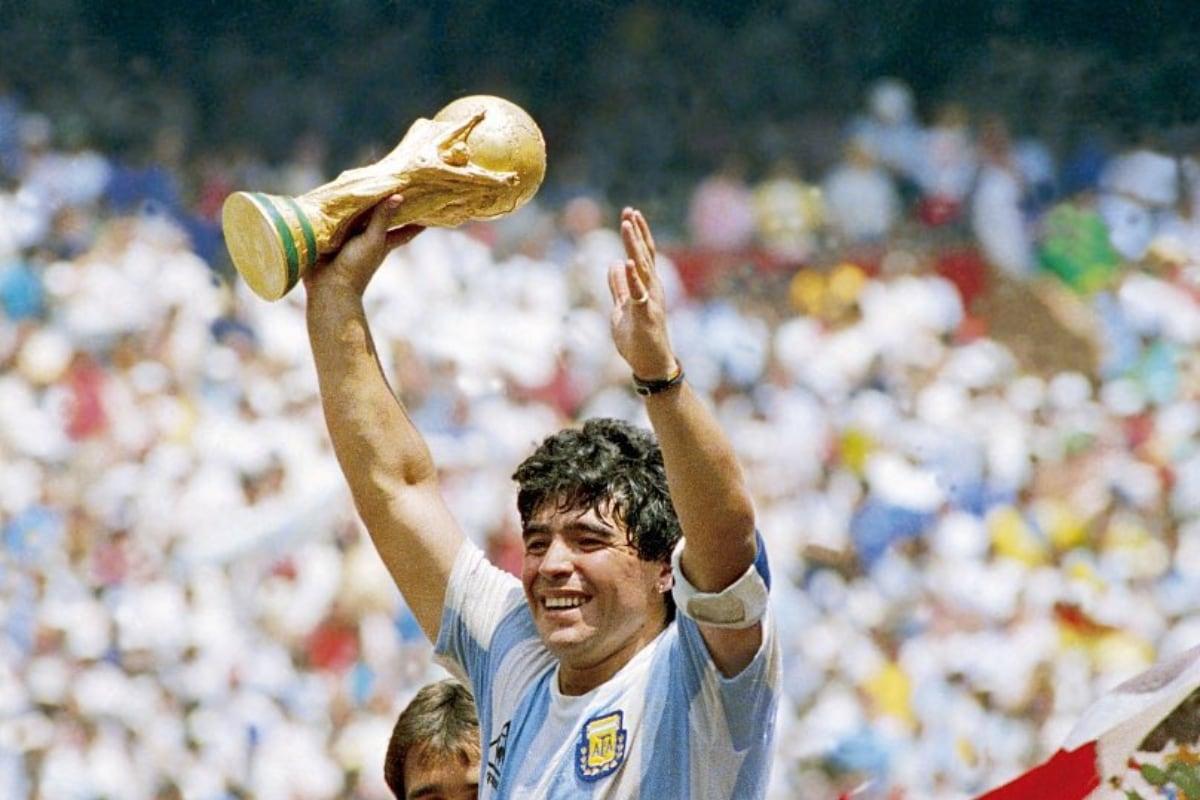 Diego Maradona: Gọi tên một huyền thoại bất tử