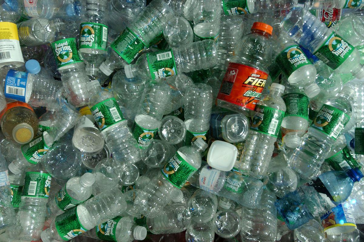 Kinh nghiệm đáng học hỏi về việc tái chế vỏ chai nhựa ở Na Uy