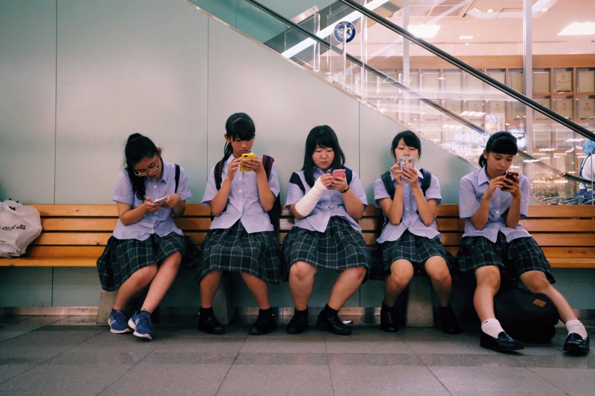 Căn bệnh 'để mai tính' và thuốc giải của người Nhật