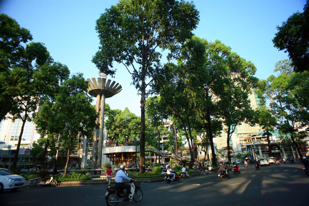 Chùm ảnh: Hồ Con Rùa và giai thoại phong thủy ly kỳ của Sài Gòn