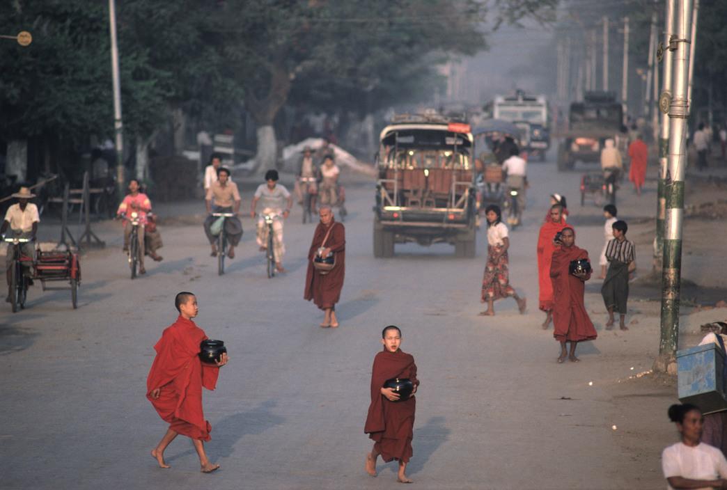 Chùm ảnh: Myanmar thập niên 1970 – 1990 qua ống kính Hiroji Kubata