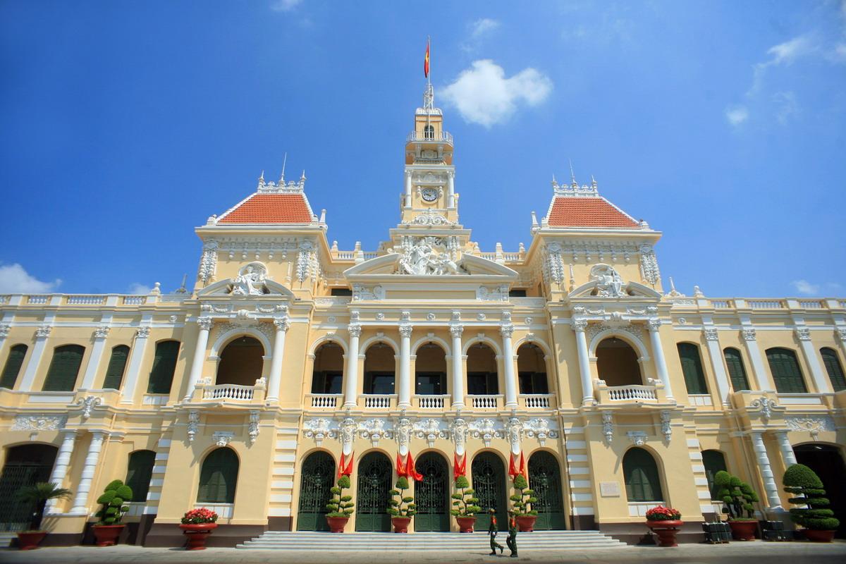 Chùm ảnh: Khám phá kiến trúc tráng lệ của tòa nhà UBND TP HCM