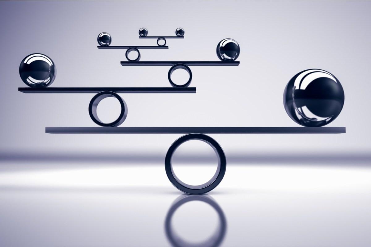 Lý luận về kiểm soát và cân bằng quyền lực