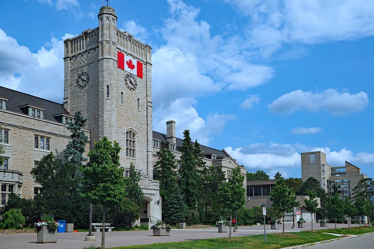 Một số đặc điểm của hệ thống giáo dục phổ thông ở Canada