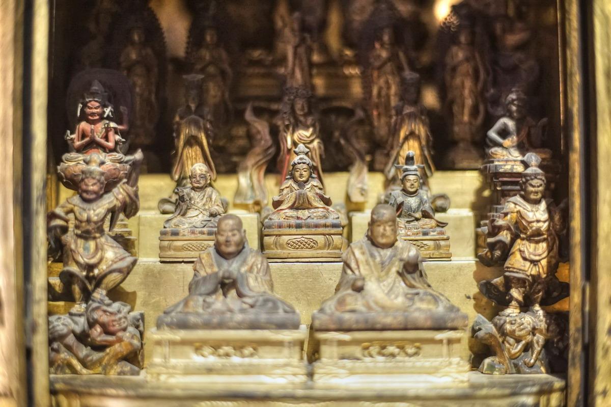Chùm ảnh: Nét tinh xảo của tượng Phật cổ Nhật Bản ở Sài Gòn
