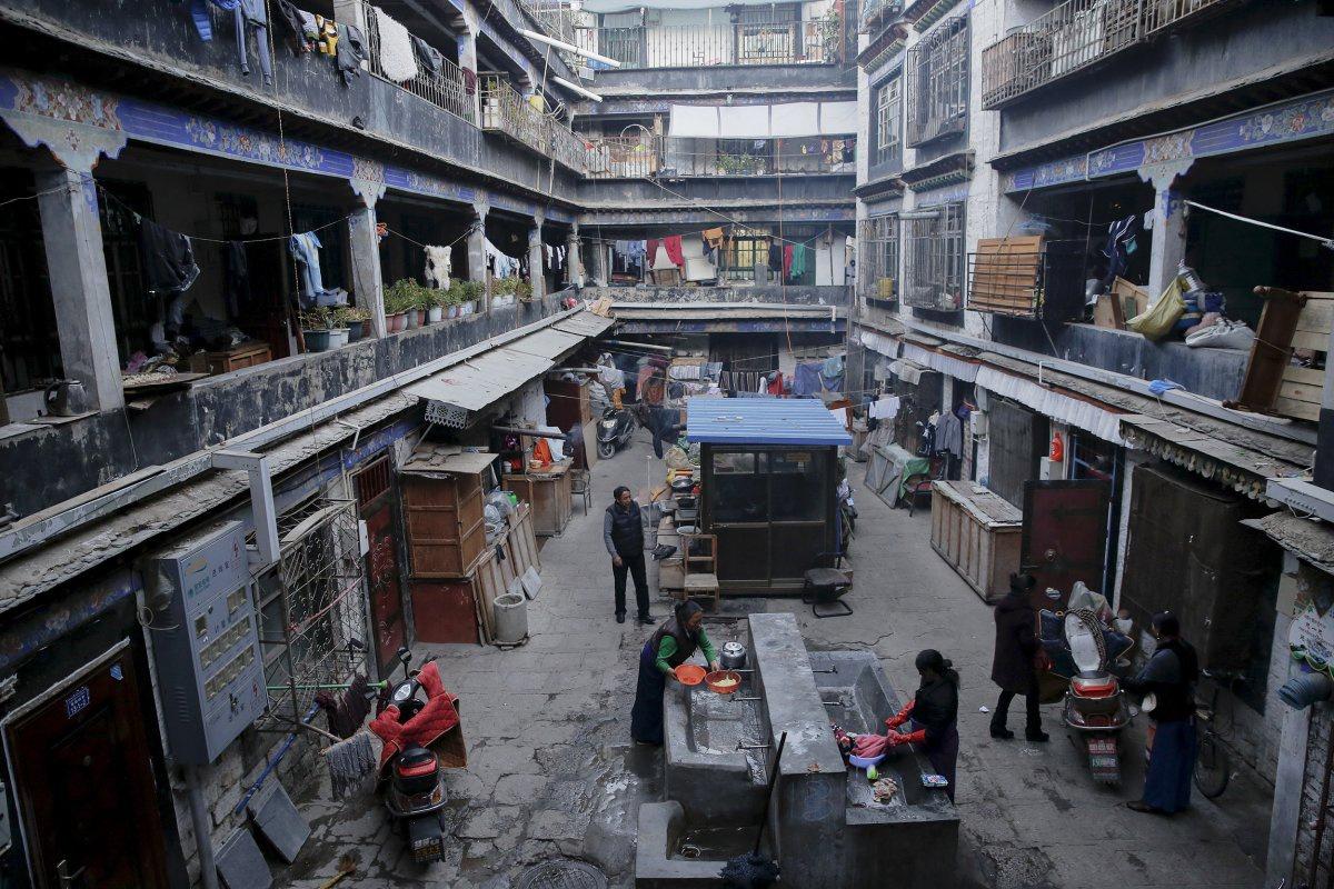 Chùm ảnh: Những khoảnh khắc đời thường ở vùng đất Tây Tạng