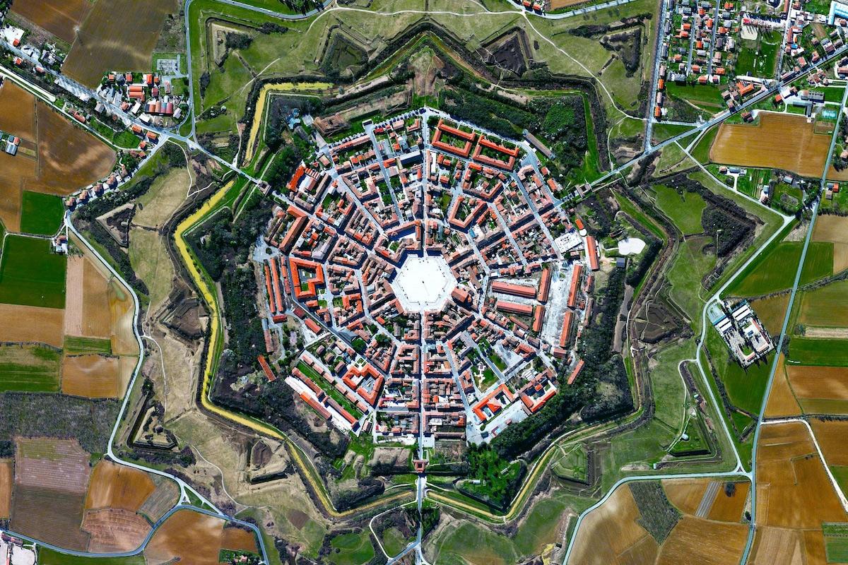 Chùm ảnh: Góc nhìn từ trên không về các Di sản thế giới nổi tiếng
