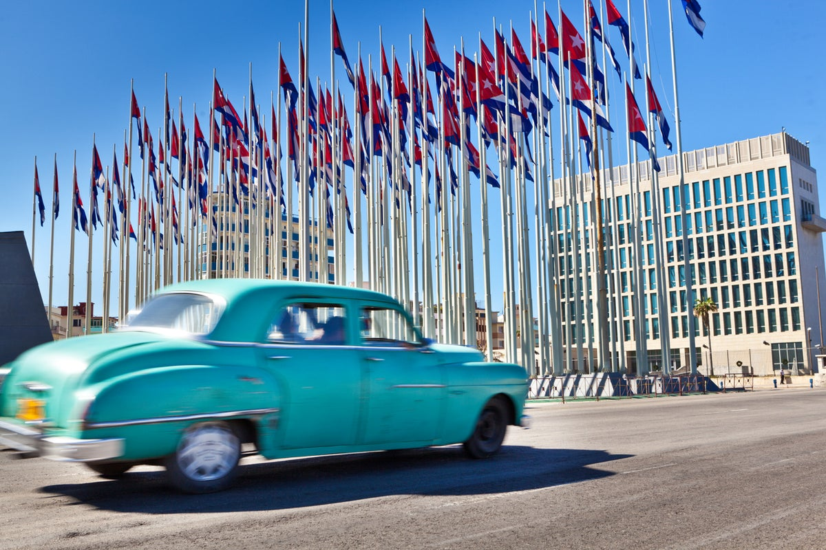 Cái nhìn toàn cảnh về mô hình dân chủ kiểu Cuba