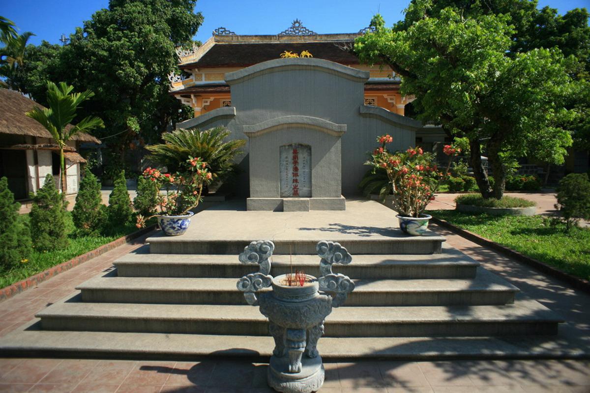 Chùm ảnh: Thăm nơi an nghỉ của cụ Phan Bội Châu ở Cố đô Huế
