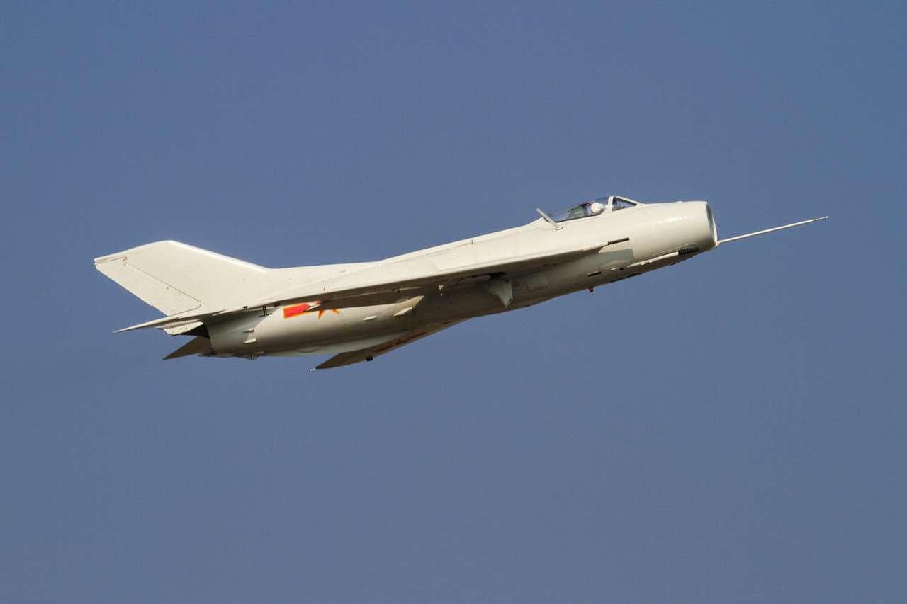 Vụ máy bay quân sự Trung Quốc bỏ trốn sang Liên Xô năm 1990