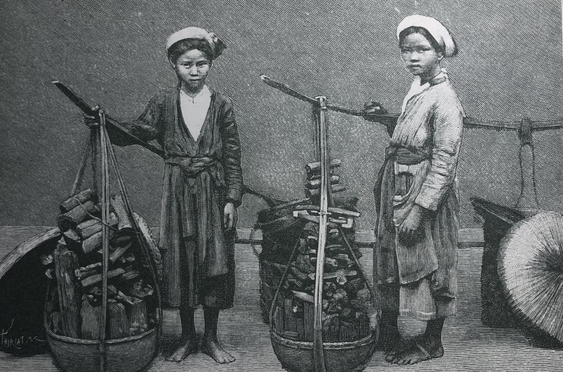 Chuyện về những cô bé bán than trên phố Hà Nội xưa