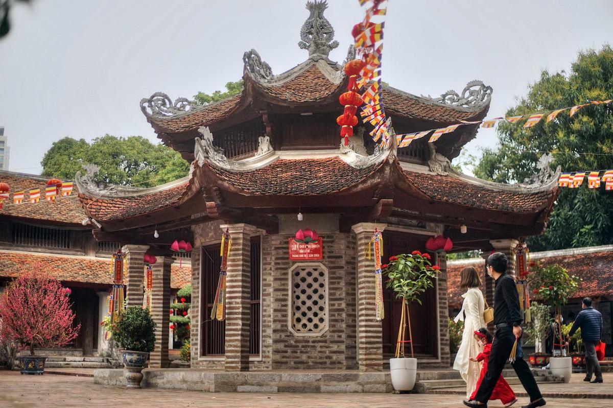 Chùm ảnh:  Vẻ đẹp của 'đệ nhất tùng lâm' phía Tây thành Thăng Long