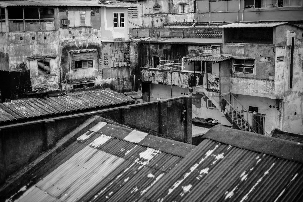 'Hoại tử phần hồn' – hiểm họa cho một thế hệ người Việt