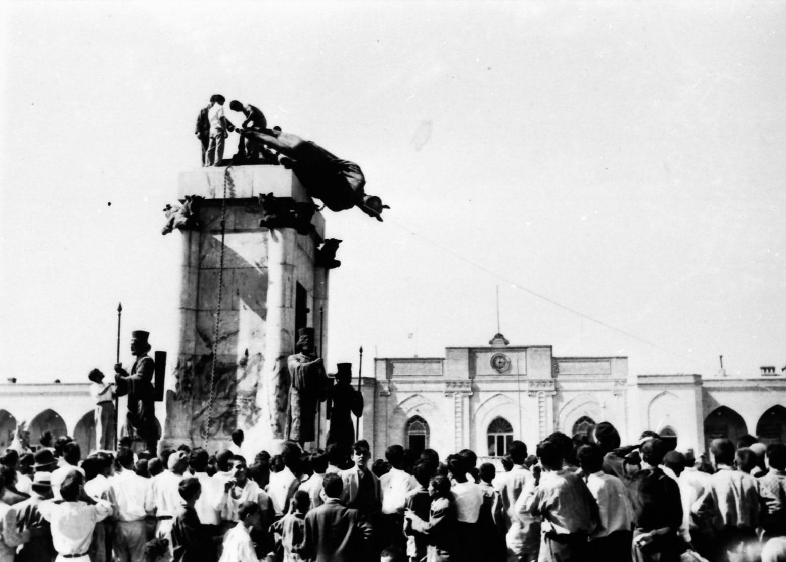 Cuộc đảo chính do tình báo Mỹ giật dây tại Iran năm 1953