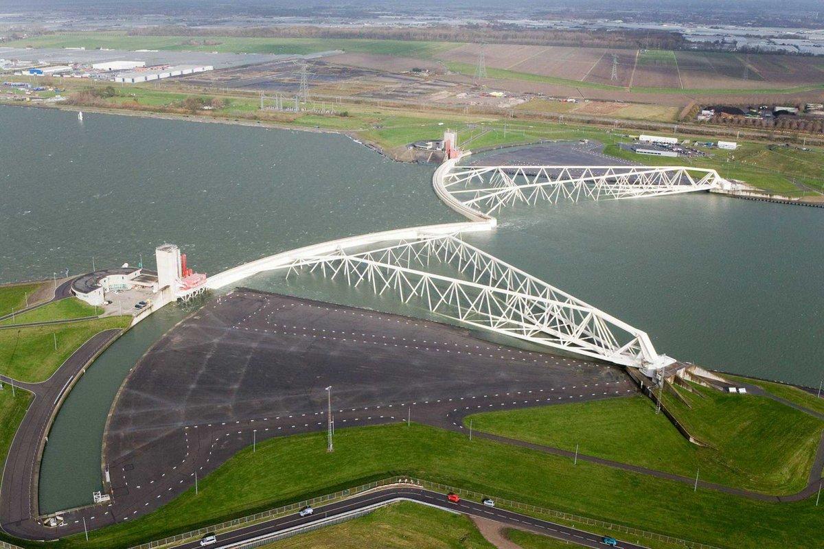 Những bài học kinh nghiệm từ lịch sử trị thủy của Hà Lan