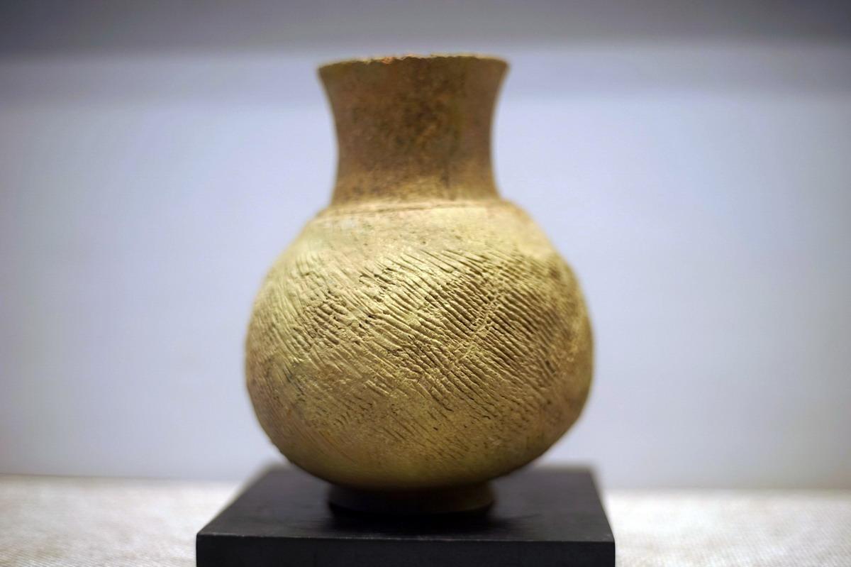 Chùm ảnh: Những món đồ gốm cực quý của Việt Nam thời tiền sử