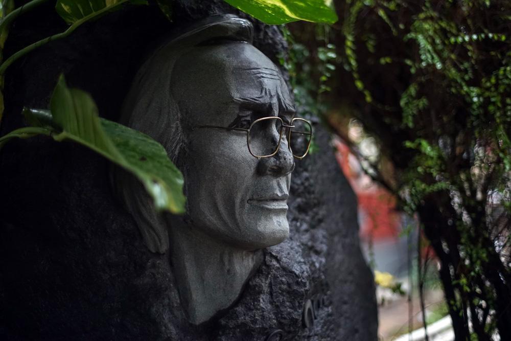 Chùm ảnh: Thăm nơi an nghỉ của cố nhạc sĩ Trịnh Công Sơn