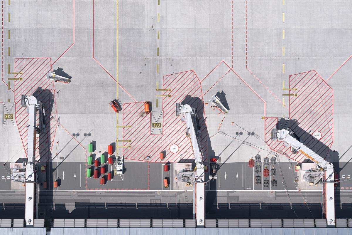 Chùm ảnh: Góc nhìn nghệ thuật về các sân bay thời COVID-19
